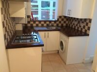 Lovely Two Bed Flat in Queens Road