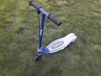 Razor E90 electric scooter with adaptor and charger