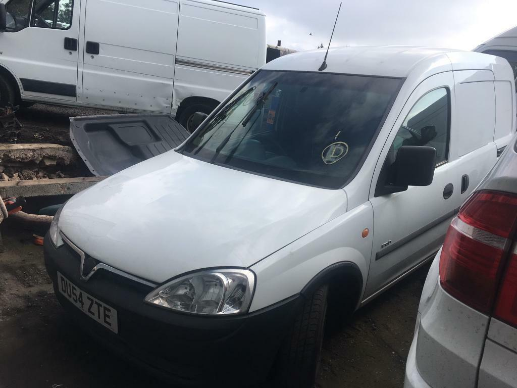 2005 Vauxhall Combo 1.7 CDTI / Damaged salvage repairable spares or repairs