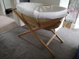 Mama and Papas Moses basket and stand