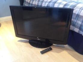 "32"" HD Ready LCD TV 32LH2000"