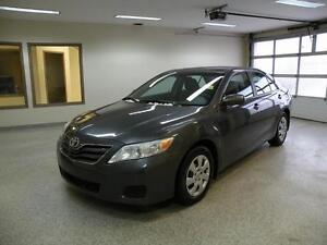 2010 Toyota Camry LE $113 b/w