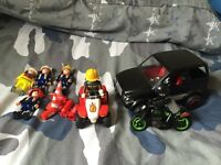 Playmobil figures car, quad, bike
