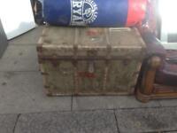 Travel trunk