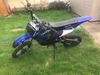BRAND NEW AKUMA ASSASSIN 125CC PITBIKE 4 STROKE OFF ROAD PIT BIKE DIRTBIKE CROSSER FIELD BIKE £370!!
