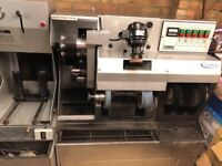 Shoe repair machine - Press & Finisher