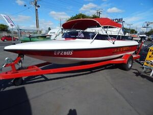 Ski boat low hour with PCM and f/n/r gear box Semaphore Port Adelaide Area Preview