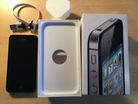 iPhone 4s 16GB in Excellent Condition Factory Unlocked Worldwide and Original Box BARGAIN