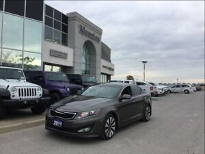 2011 Kia Optima Turbo SX, Navi, Sunroof, Leather, Bluetooth