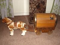 romany vardo and horse