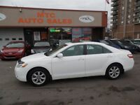 2008 Toyota Camry LE Leather Sunroof Mint with Only 73KM
