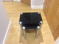 Set of 2 nest of coffee tables