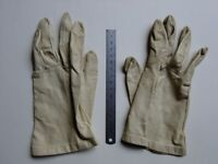 Fine Leather Gloves. Small