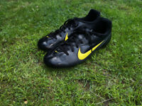 Nike black football boots size UK 5.5 EUR 38.5