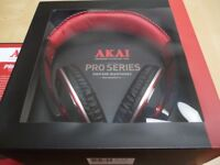 AKAI HEADPHONES A58019-NEW-Black and red