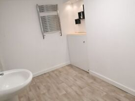 Commercial Room available to rent