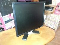 """19"""" Dell Computer Screen/Monitor with VGA Connection 1280x1024"""