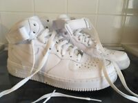 Air Force high top trainers size 7