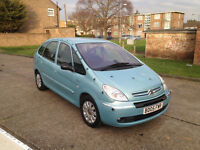 AUTOMATIC CITROEN PICCASO 2005 . FULL 1 YEAR MOT. LADY OWNED. SUPERB DRIVE. CHEAP FAMILY AUTO