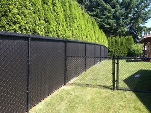 Black chain link privacy fence