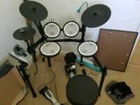 For sale: full td-15 V-drums Electronic Drum Kit