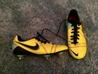 Nike football boots size UK 4