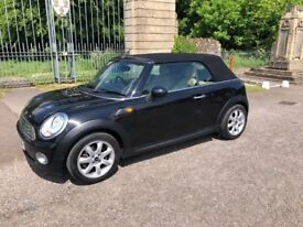 Mini convertible 1.6 cooper 2dr/Full leather high spec