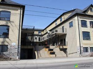 $260,000 - Condominium for sale in Kitchener