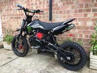 Stomp yx 150cc pitbike
