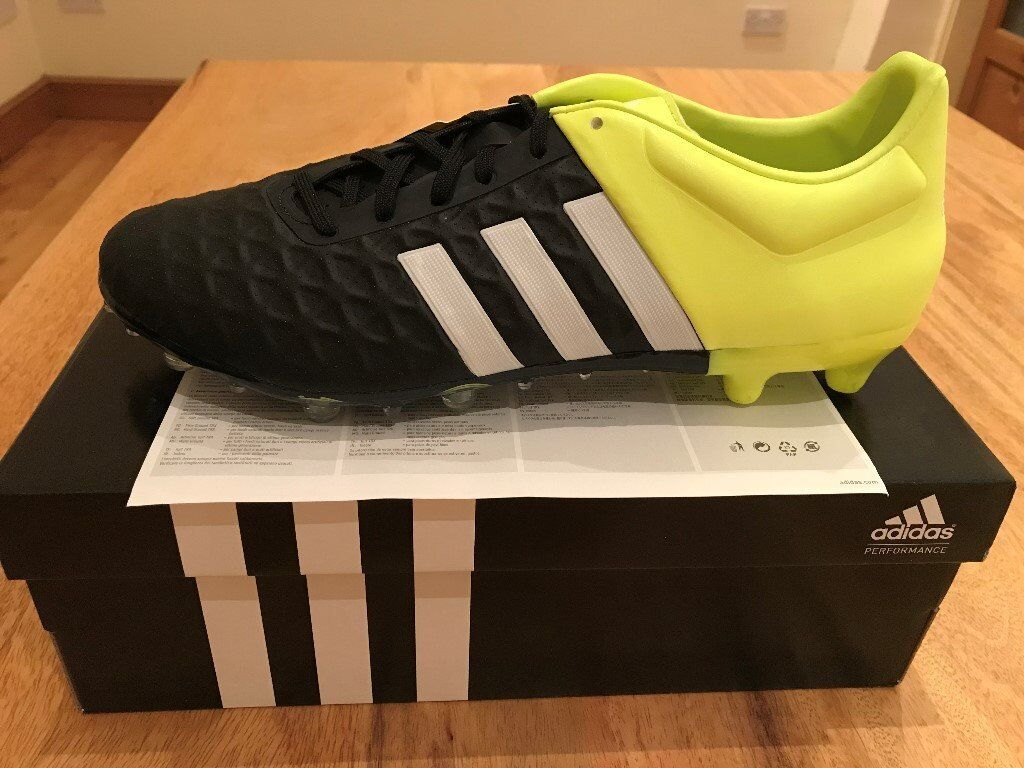huge discount 8a18c 09603 adidas Ace 15.2 FG AG Leather Mens Football Boots UK size 10