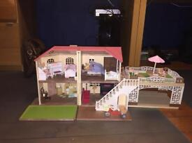 Sylvanian Families Maple Manor with Carport, fully furnished with family