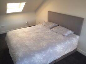 Almost New SuperKing SilentNight Comfort Pocket 1200 Divan Bed + Drawers + Headboard
