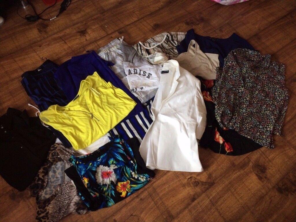 BUNDLE WOMENS CLOTHES 12/14