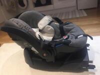 Stokke car seat Izi Go X1 by BeSafe