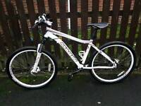 Marin mountain bike hydraulic brakes good condition