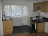 TO LET Self contained Modern Quiet Studio Flat Pinner bills incl