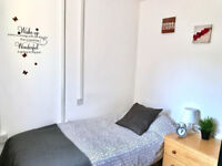 Lovely room to let in Bilston for £65pw most bills inclusive of rent.