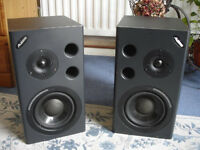 ALESIS ACTIVE POWERED MONITOR SPEAKERS - Ideal for home recording.