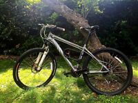 Mountain Bike Specialized Myka HT Sport Disc frame size 16 excellent condition (original RP £495).
