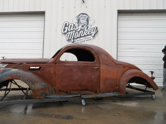 Additional photos for 1936 lincoln zephyr three window coupe