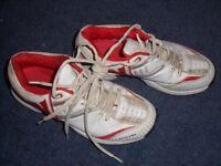 Cricket Shoes – Slazenger size 4