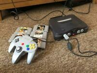Nintendo 64 with 5 games and control pad