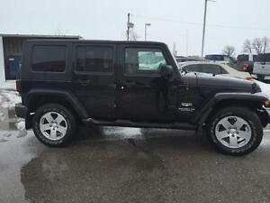 2008 Jeep Wrangler Unlimited Sahara 4WD/YOU SAFETY YOU SAVE