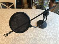 Excellent Condition Microphone Pic Stand & Pop Filter