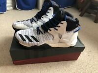 Adidas Basketball Boots - D Rose 7 Primeknit - worn a couple of times UK size 10-11
