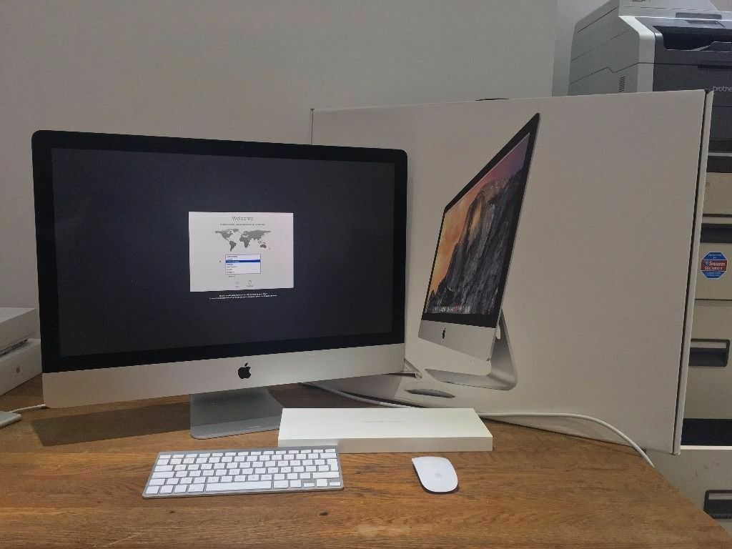 "Apple iMac 27"" Late 2014 5k Retina 1TB Fusion Drive 2 Years Apple Care Boxedin Wakefield, West YorkshireGumtree - Apple iMac Late 2014 27"" 5k Retina 3.5GHz i5 Quad Core, 8GB RAM, 1.12TB Fusion Drive, AMD Radeon R9 M290 graphics, OS X Sierra. As new / immaculate condition all round (see photos). It comes boxed with genuine apple magic mouse and wireless..."