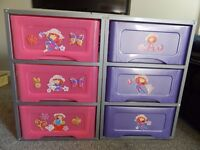 2 X SET OF PLASTIC DRAWERS WITH METAL FRAME AND WOOD EFFECT TOP- STORAGE