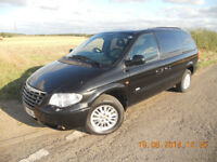 CHRYSLER GRAND VOYAGER 'SIGNATURE', STOW 'N' GO MODEL, 2.8 CRD DIESEL 7 SEATS, LUXURIOUS LEATHER,FSH