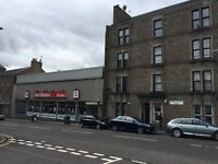 Furnished, 1 bedroom 1st floor flat located in a popular location - Strathmartine Road Dundee