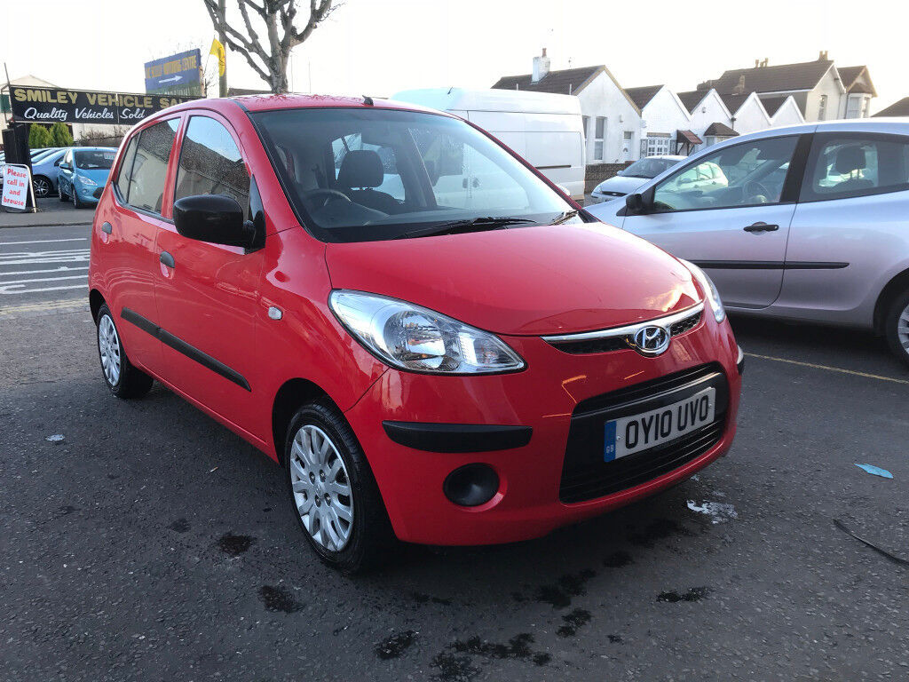hyundai i10 red 1 2 petrol manual 5 door hatchback 2010 incredible low mileage car in henleaze. Black Bedroom Furniture Sets. Home Design Ideas